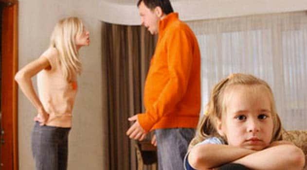 Les mères célibataires VS les pères célibataires