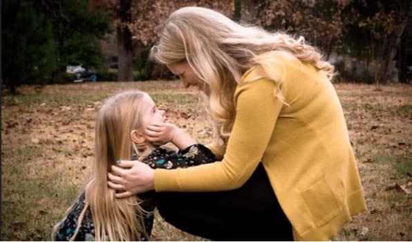 Mon expérience de maman solo: conseils pour les mères célibataires.