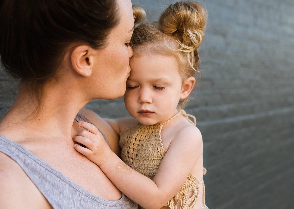Foyer mère-enfant : elles y ont vécu – Témoignages.