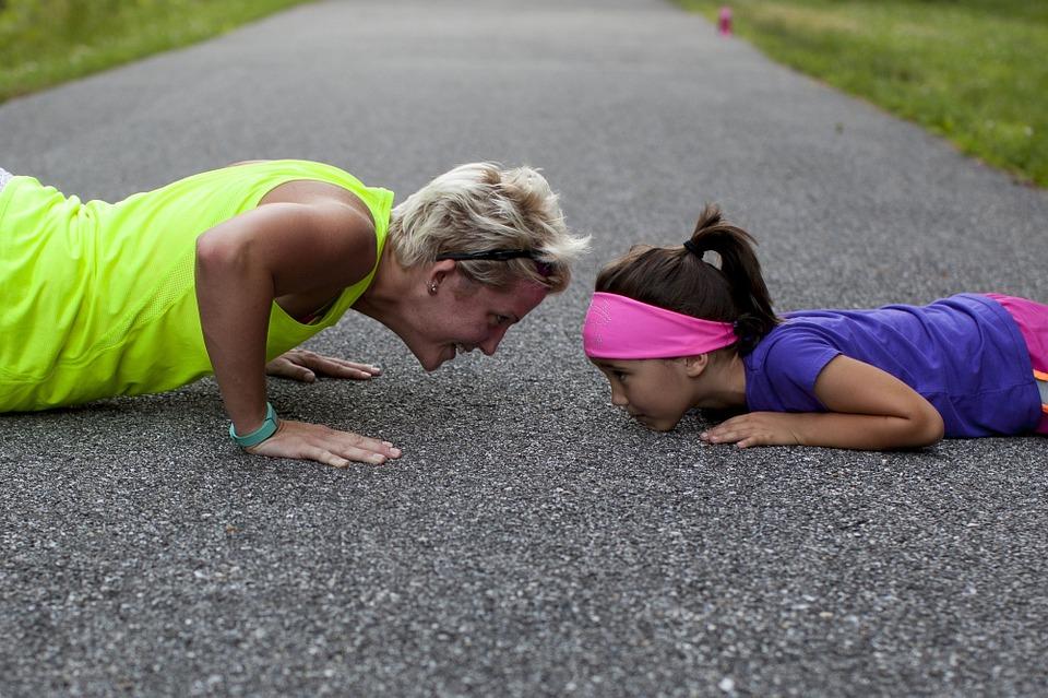 Transmettre des valeurs à votre fille en tant que maman solo.